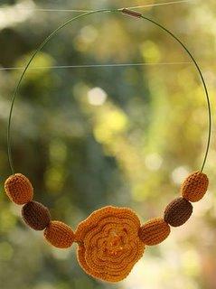 Accesorii handmade Radha - crosetate